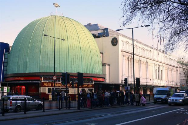 London-Madame_Tussauds_gallery_dome
