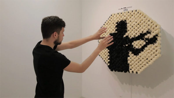 1-The-PomPom-Mirror-by-Daniel-Rozin-at-bitforms-gallery-in-New-York
